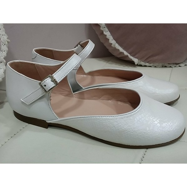 a186838f841 ZAPATO CEREMONIA NIÑA BLANCO LUNAR CON PIEL SNAKE - Mi casita de zapatos